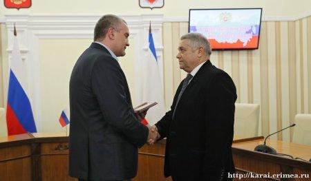 Ведущий хирург онкодиспансера С.В. Ефетов получил высокую государственную награду